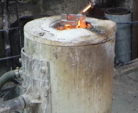 Electric furnace melt